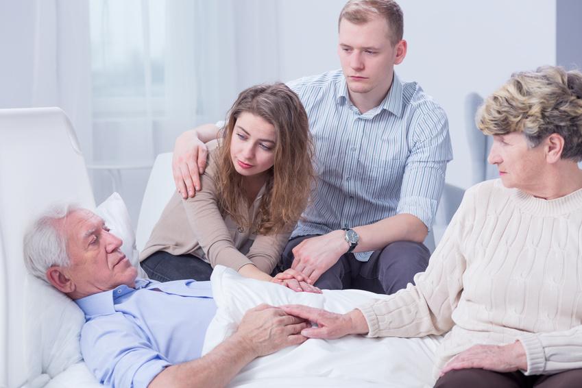Die Anwesenheit der Familie hilft vielen Sterbenden.