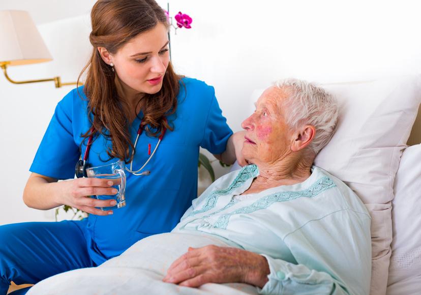 Kinder- und Krankenpfleger werden in jeglichen Pflegeberufen arbeiten können, Altenpfleger werden begrenzt.